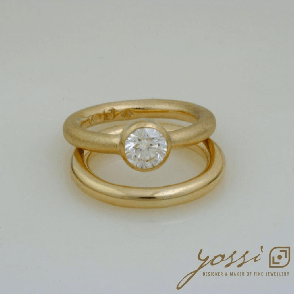 Impressive Gold Natural Texture Diamond Ring 36