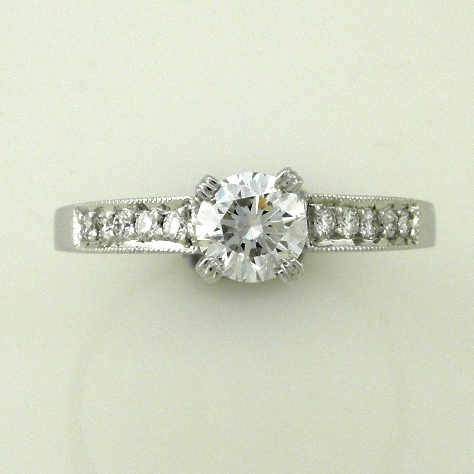 Astonishing Diamond & White Gold Engagement Ring 5