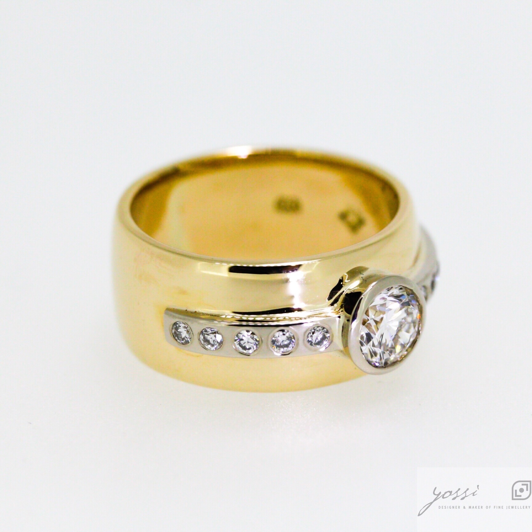 Special Designed Diamond Ring