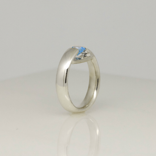 Glowing Blue Topaz Ring 5