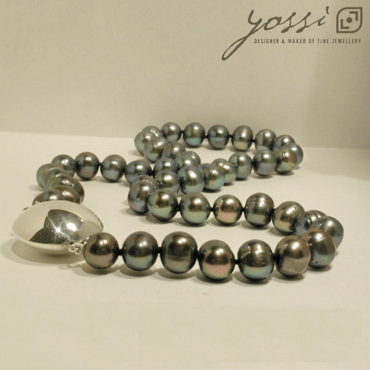 Royal Black Freshwater Pearl Necklace 4