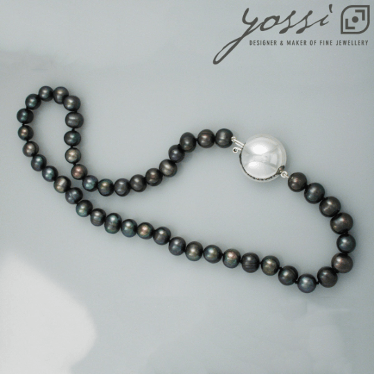 Royal Black Freshwater Pearl Necklace 3