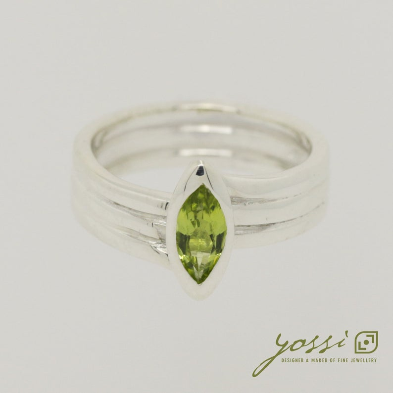 Marquis Cut Peridot & Sterling Silver Ring 3