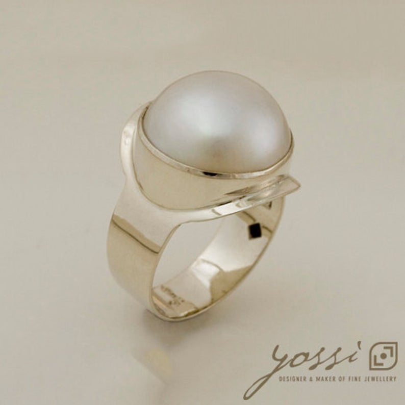 Majestic Mabe Pearl White Gold Dress Ring 3