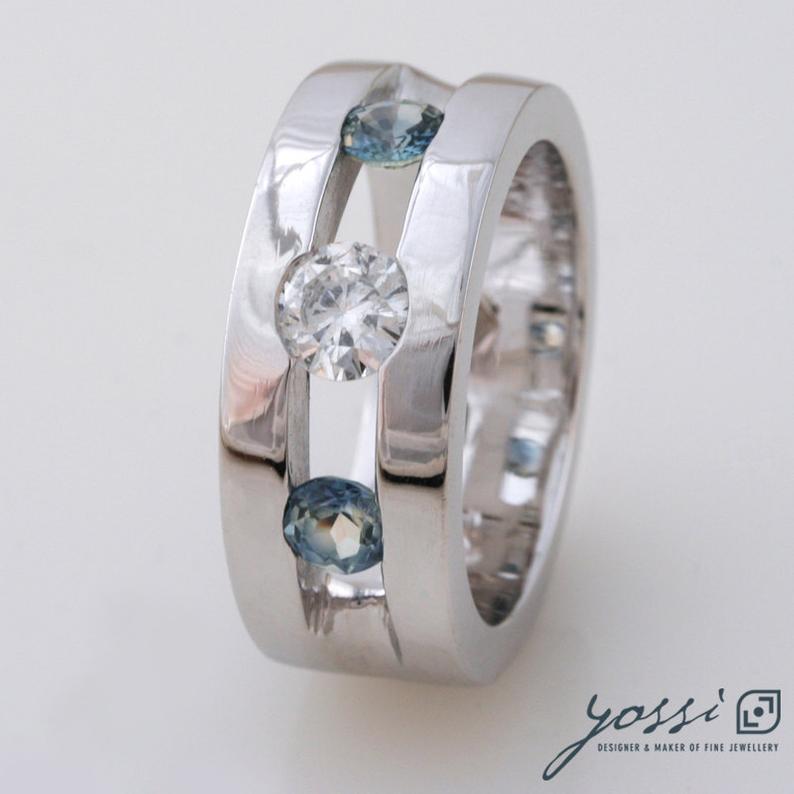 Sparkling Marine Statement Ring | Diamond, Sapphire & White Gold 4