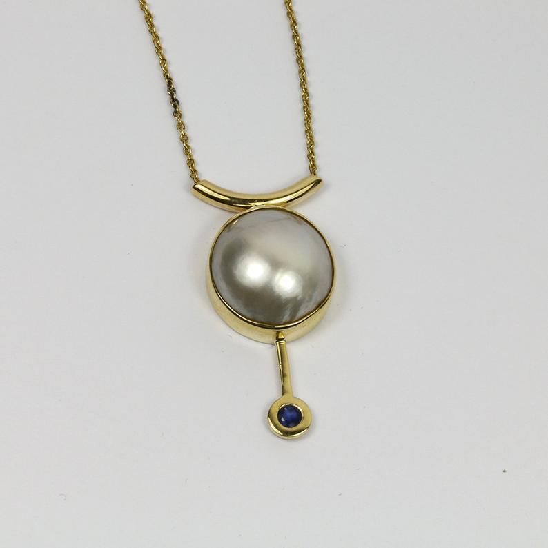 Glistening Pearl & Sapphire Pendant 4