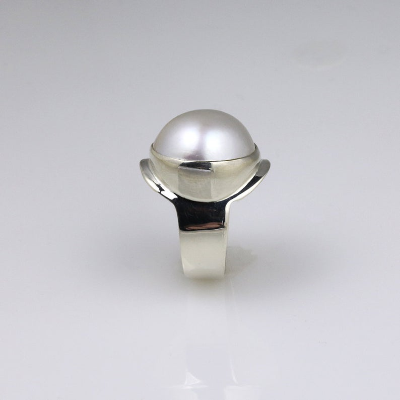 Majestic Mabe Pearl White Gold Dress Ring 6