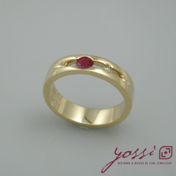 Bubbling Ruby & Champagne Diamond Ring