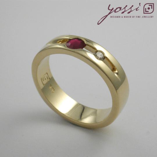 Bubbling Ruby & Champagne Diamond Ring 3