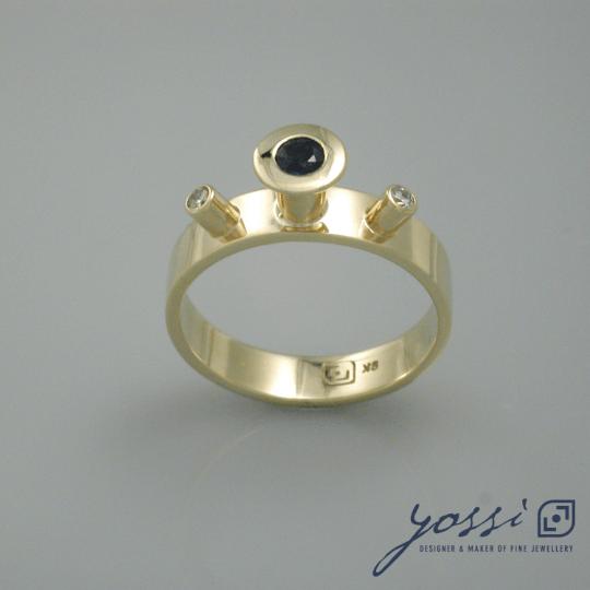 Spellbound Sapphire & Diamond Ring 3