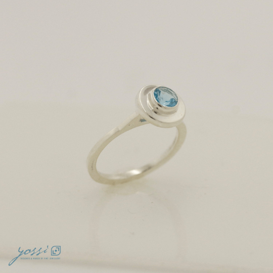 Simple Blue Topaz Ring 6