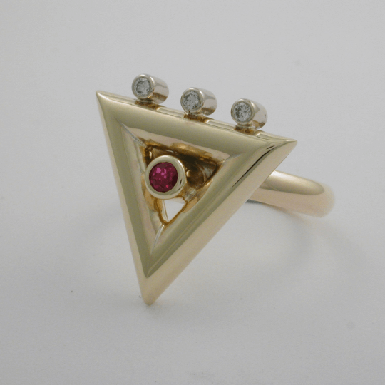 Exquisite Diamond and Ruby Triangle Ring 5