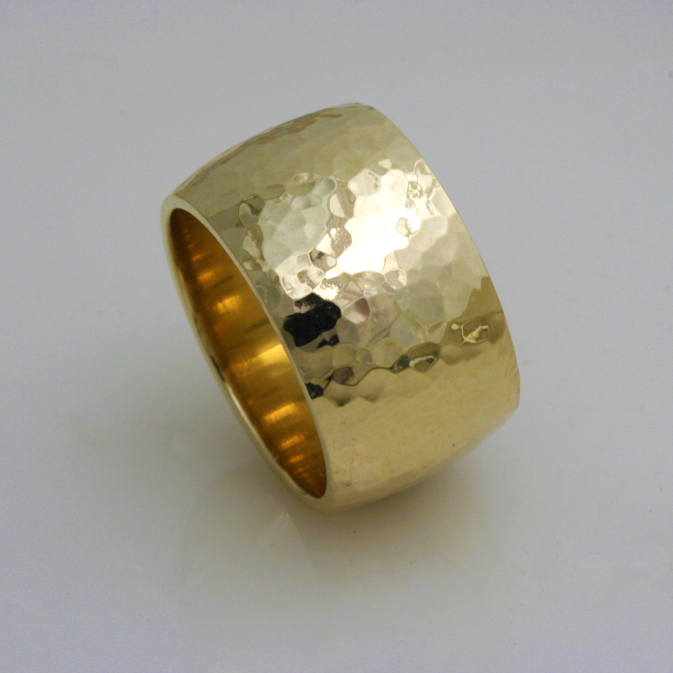 Euphoria Hammered Gold Ring 3
